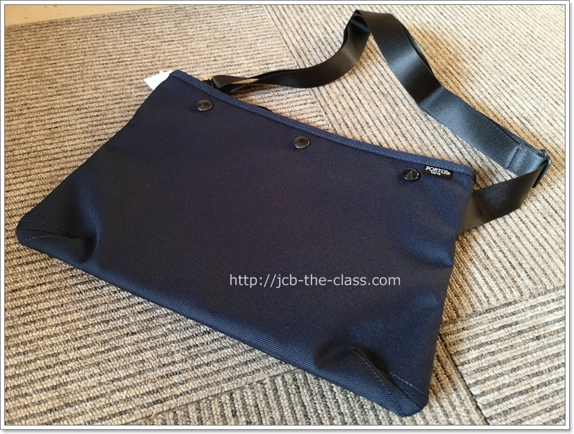吉田カバンPORTERのポーターサコッシュのミュゼット購入!iPadも入り最高に便利なショルダーバッグ