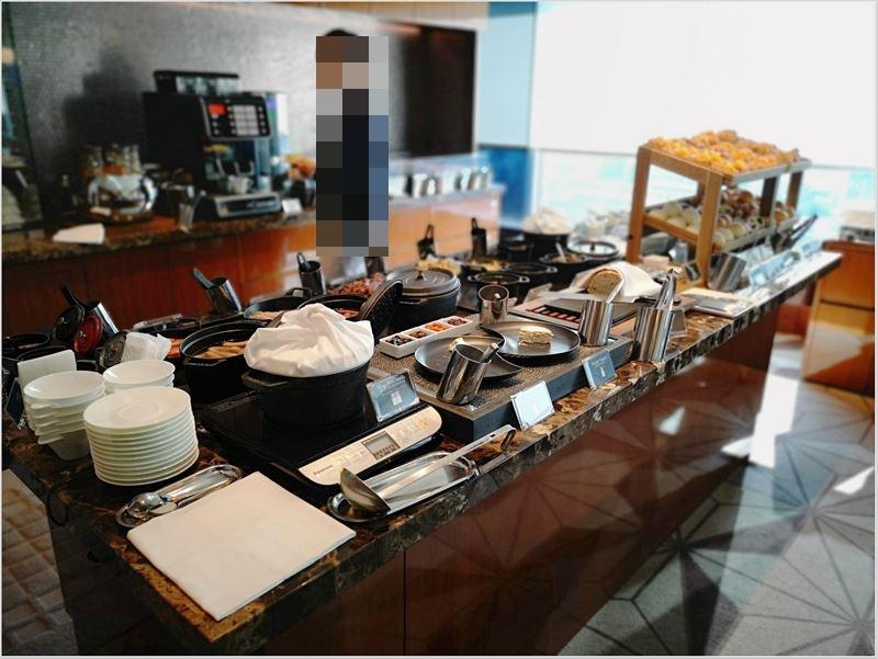 34階にあるクラブラウンジでの朝食